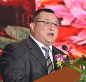 陕西鑫泰药业集团董事长闫伟