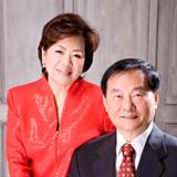 陈上吉(右)夫妇